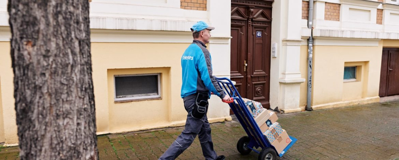 Hermes Paketzusteller in Halle (Saale). (Foto: Hermes/Willing-Holtz)