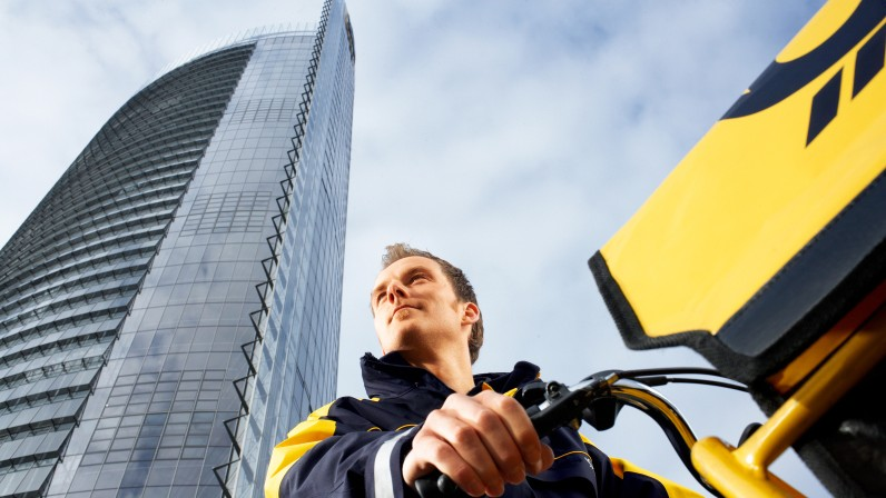 Deutsche Post DHL geben Mehrwertsteuersenkung weiter