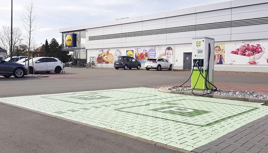 LIDL Ladesäule für Elektroautos